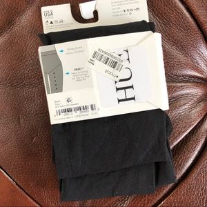HUE Accessories - Hue Opaque Tights Black NWT Size 1